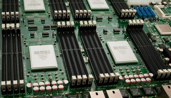 Готова инженерная партия процессоров Эльбрус-8