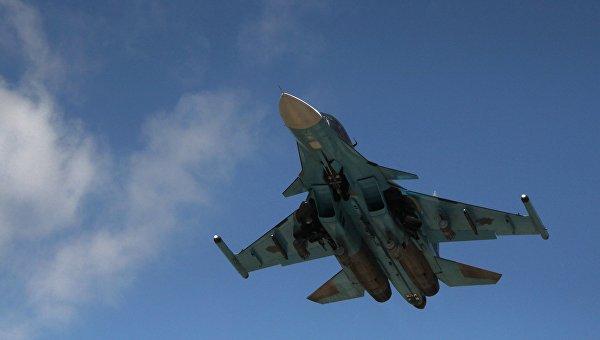 Бомбардировщику Су-34 дали имя Олега Пешкова