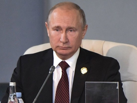 Путин повысил пенсии военнослужащим