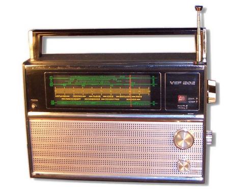 радиоприемник ловит все волны