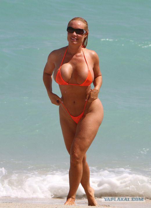 Голые тетки на пляжах посетила