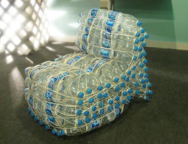 С пластиковых бутылок своими руками кресла