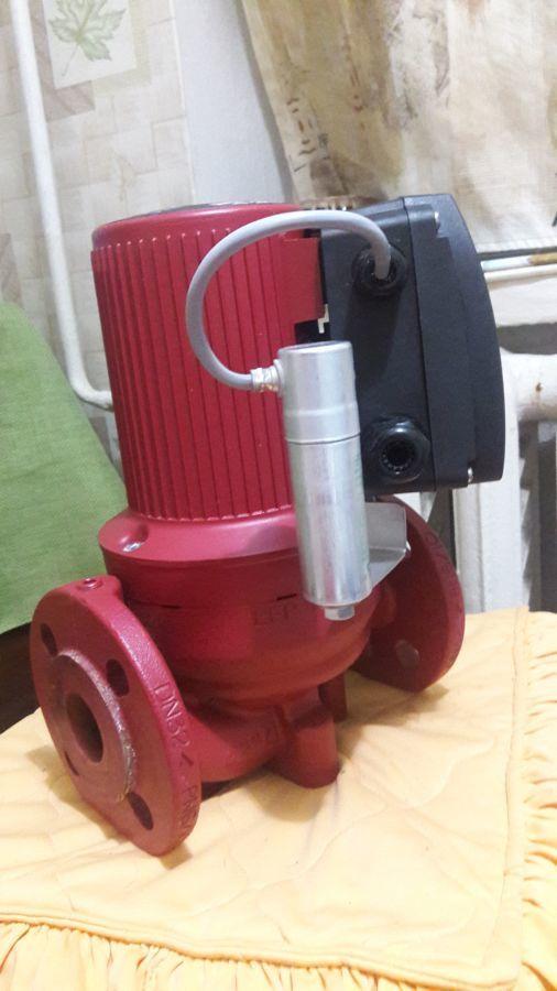 Циркуляционный насос Grundfos UPS серия 200 32-60