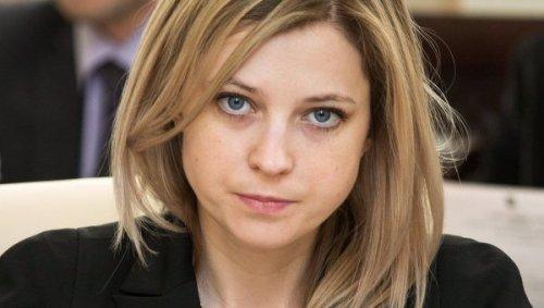 Известный адвокат несколько раз проехался на машине по девушке в Якутске