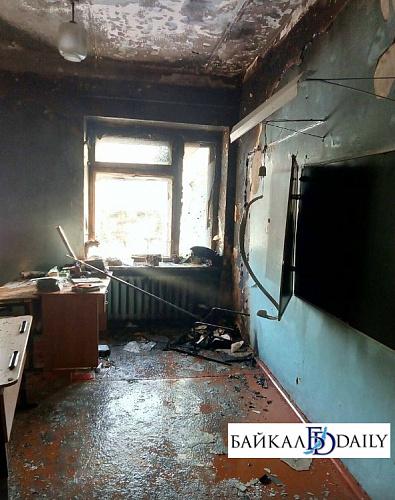 В резне в улан-удэнской школе пострадали трое учеников и учительница