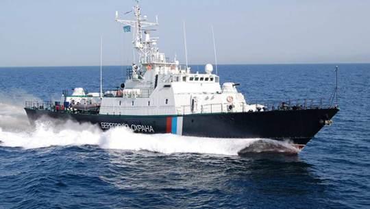 ⚡️ В Японском море браконьеры с северокорейской шхуны напали на российских пограничников, пытавшихся их задержать
