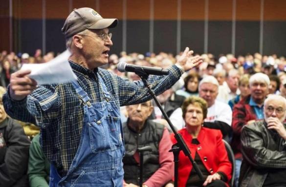 Правительство доигралось. Начались митинги обманутых пенсионеров.