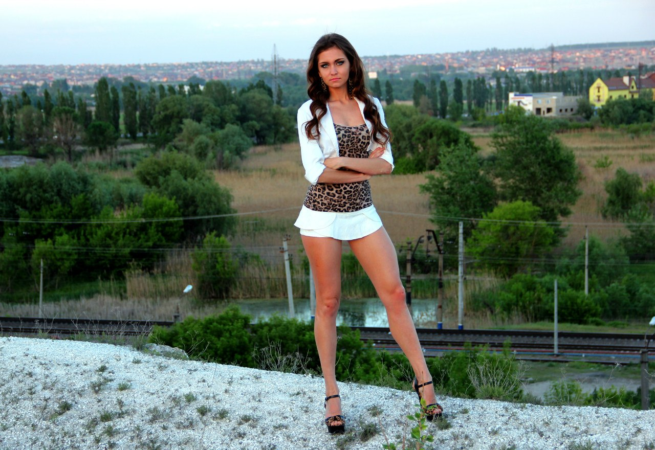 Фото девушек в мини юбках и платьях, Фотографии Девушки в мини юбках вк 9 альбомов 6 фотография