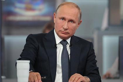 Путин набалаболил Украине развал в случае наступления на Донбасс.