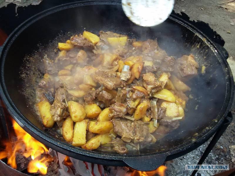 Рагу из баранины с картошкой в казане рецепт