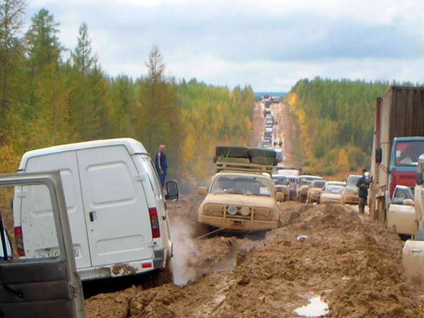"""Медведев приписал каждой российской семье по автомобилю: """"Население страны стало абсолютно автомобильным, все ездят"""" - Цензор.НЕТ 6978"""