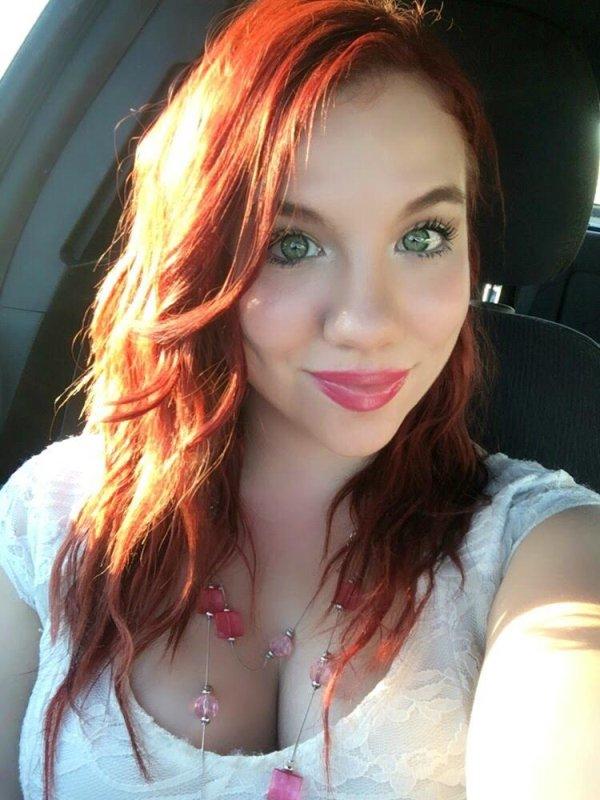 Симпатичные рыжеволосые девчонки