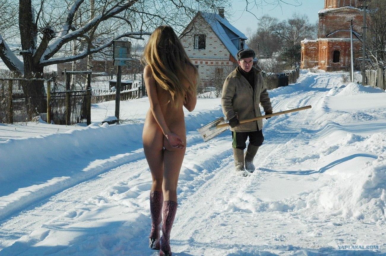 Секс на улице на снегу 16 фотография