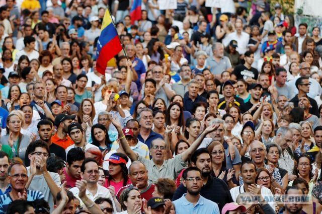 США всерьез рассматривают вариант военного вмешательства в ситуацию в Венесуэле