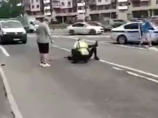 Раненый на Ленинском проспекте сотрудник ГИБДД впал в кому