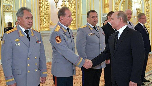 Путин поручил серьезно усилить контроль за оборотом оружия