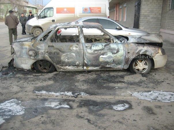 За ночь в Ростове сожгли 6 автомобилей