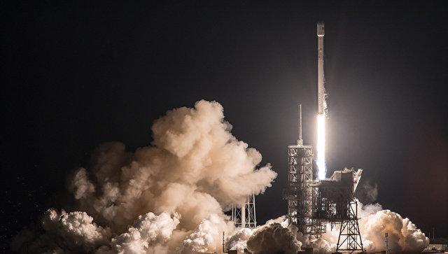 SpaceX планирует потеснить Россию на рынке коммерческих пусковых услуг