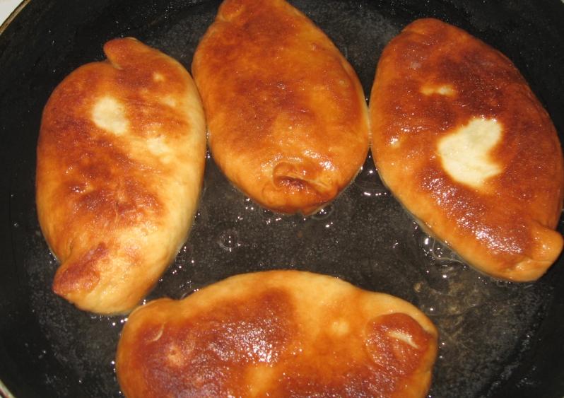 Пошаговый рецепт с пирожков на сковороде