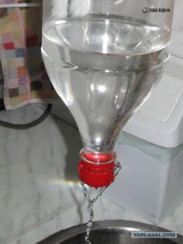 Умывальник из пластиковых бутылок для дачи