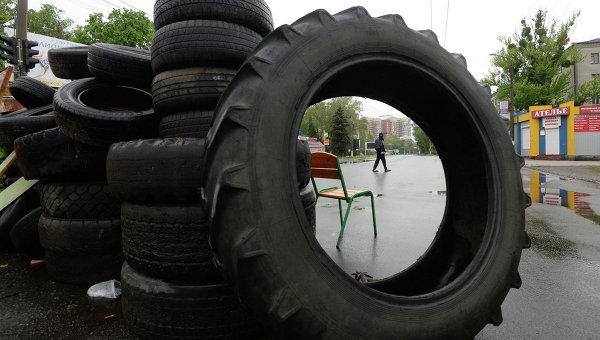 Украинская армия обстреливает Славянск