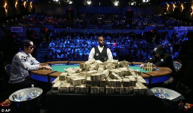 Онлайн король играть в регистрации покера покер без бесплатно