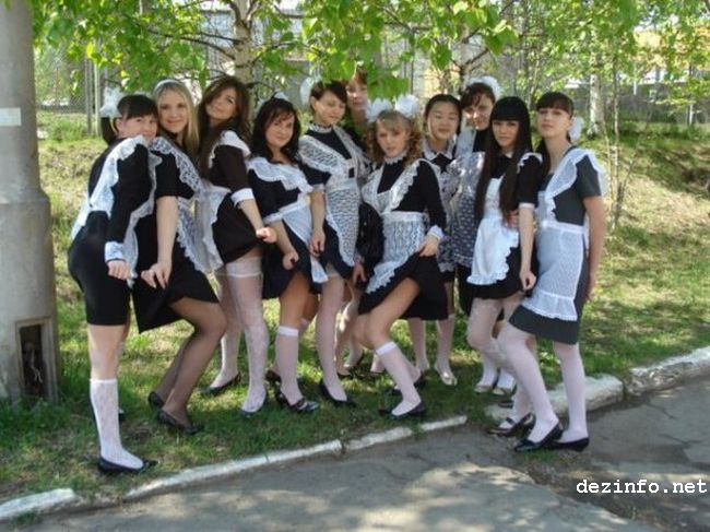 Школьница юбки шесть