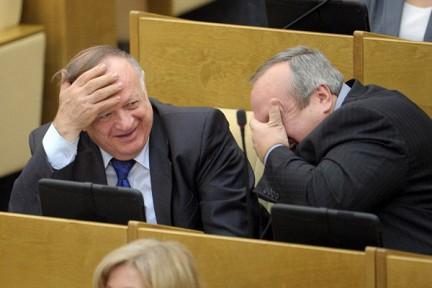 30 депутатов развелись перед подачей декларации