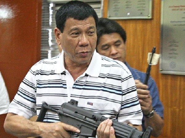 Президент Филиппин  пригрозил сжечь ООН