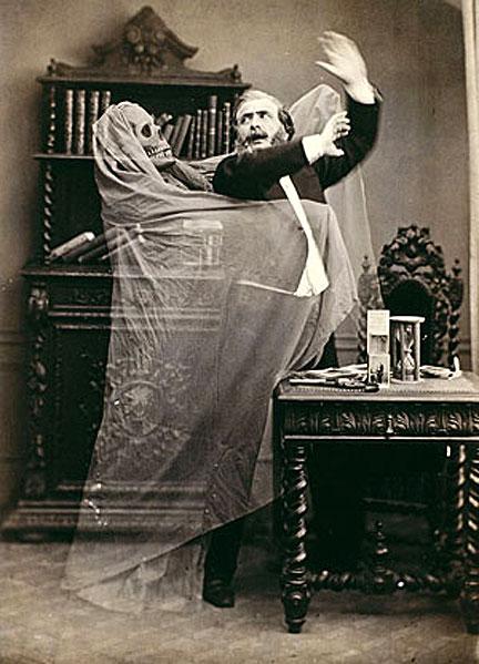 Призраки на фотографиях 19 века (12 фото)