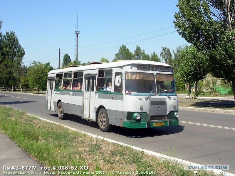 Автобусы ездят с характерным грохото…