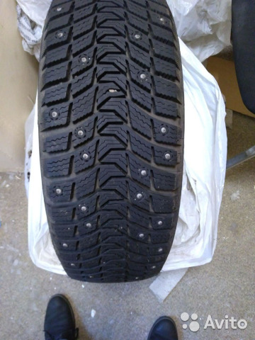 Продам шины Michelin 195/65 R15 - 2шт.