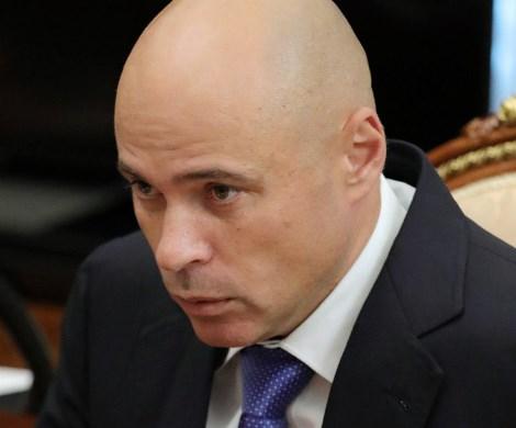 «Не цены высокие, а вы мало зарабатываете»: еще один чиновник нагрубил россиянам