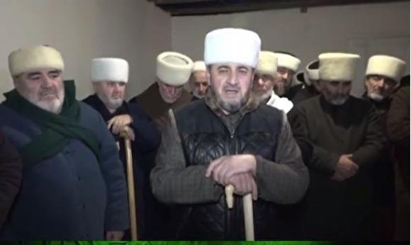 Родные погибших вДТП сучастием двоюродного брата Кадырова попросили извинить чиновника
