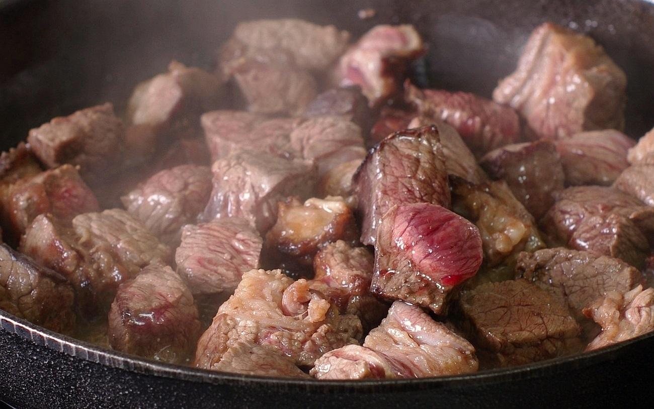 Гречка с гуляшом из свинины рецепт пошагово