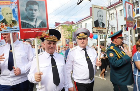 """В МВД по Мордовии объяснили одинаковые портреты на """"Бессмертном полку"""""""