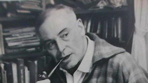 """""""Это писатель Гандон"""": На Киевщине суд оправдал мужчину, назвавшего мэра """"гандоном"""""""