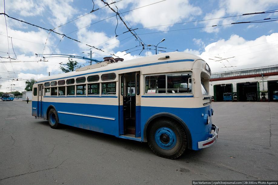 Песни про троллейбус скачать