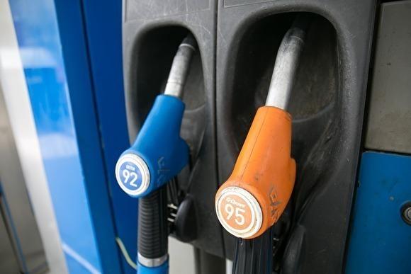 Ну кто бы сомневался! Министр энергетики Александр Новак выступил против снижения цен на бензин в России