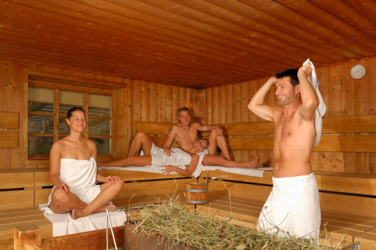 Смотреть про женщин в бане 8 фотография