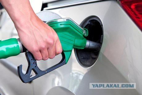 Иркутянин взыскал 800 тысяч рублей с АЗС за некачественное топливо.