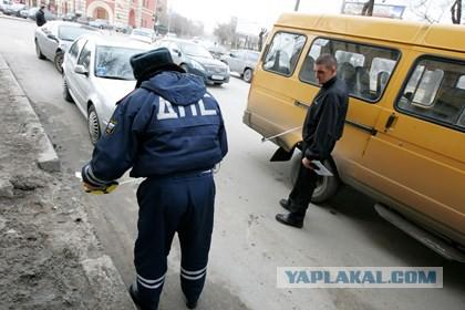 В Твери водитель маршрутки сбил пассажира