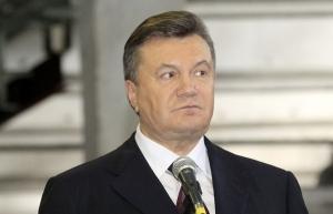 Янукович попал в больницу с инфарктом