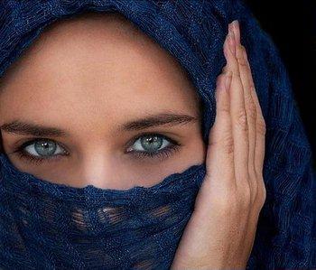 Саудовским женщинам запретят «стрелять глазами»