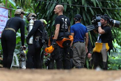 Водолаз погиб при спасении детей из подтопленной пещеры в Таиланде