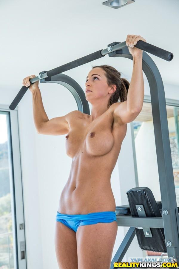 Порно спортивный лифчик
