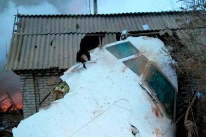 Турецкий грузовой самолет упал на дачи под Бишкеком