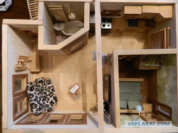 Продам кукольный домик с мебелью. 1:24. Сделаю на заказ. В общем - мелочь деревянная.