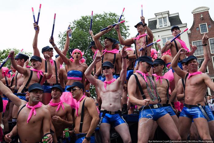 фото гей парад