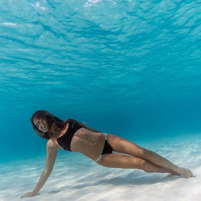 50 красивых картинок о том, что происходит под водой
